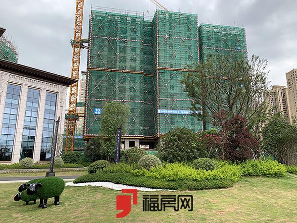 源昌江南城:即将加推4栋新品 楼栋出地面十几层