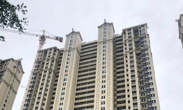 晖盛海湾国际:还有房源在售 多楼栋外立面展露